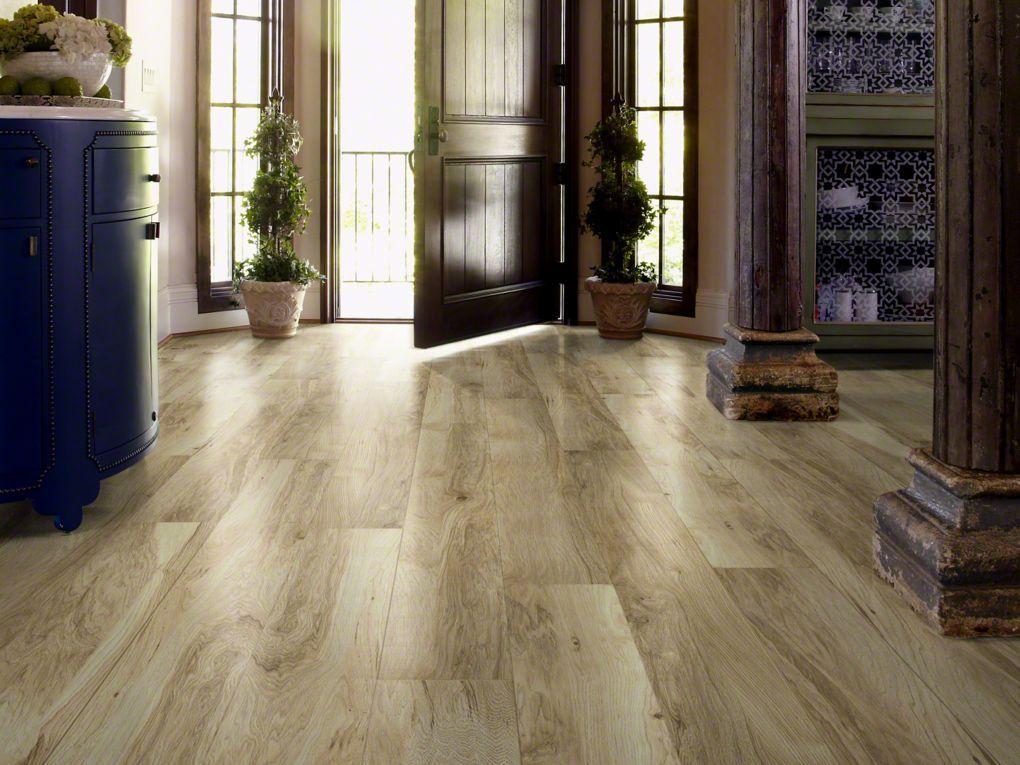 Grand Summit Natural Hickory Wood Laminate Flooring