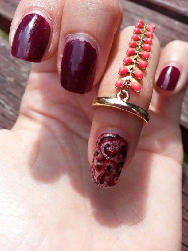 Summer nail red