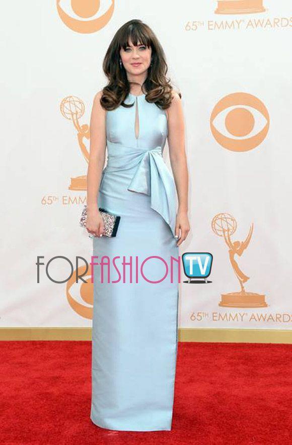 #ZooeyDeschanel TOTALLY CUTE On The #RedCarpet @ #EmmyAwards 2013 :)