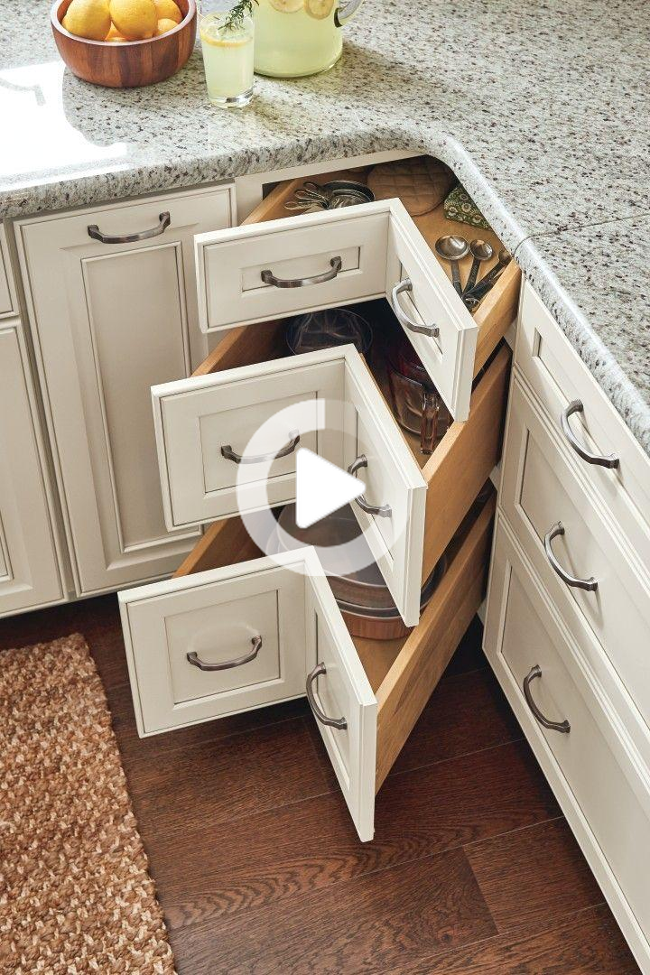 Be inspired by these innovative #kitchen and #bathroom #organization solutions and #design ideas! #Corner cabinet storage solutions! #kitchencabinets
