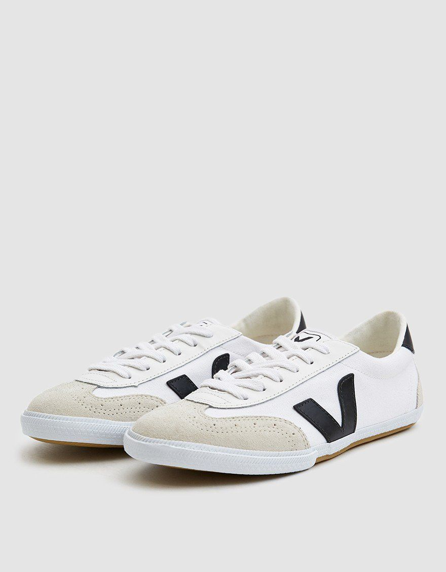 Veja / Volley Canvas Sneaker in White