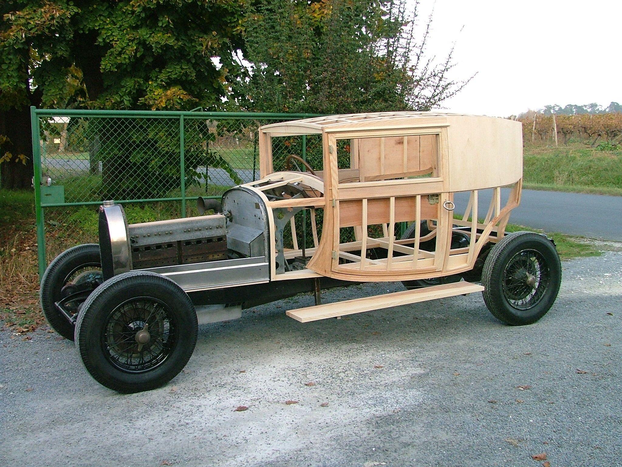 BUGATTI 44 Fiacre, woodwork restoration by Marcadier frères ...