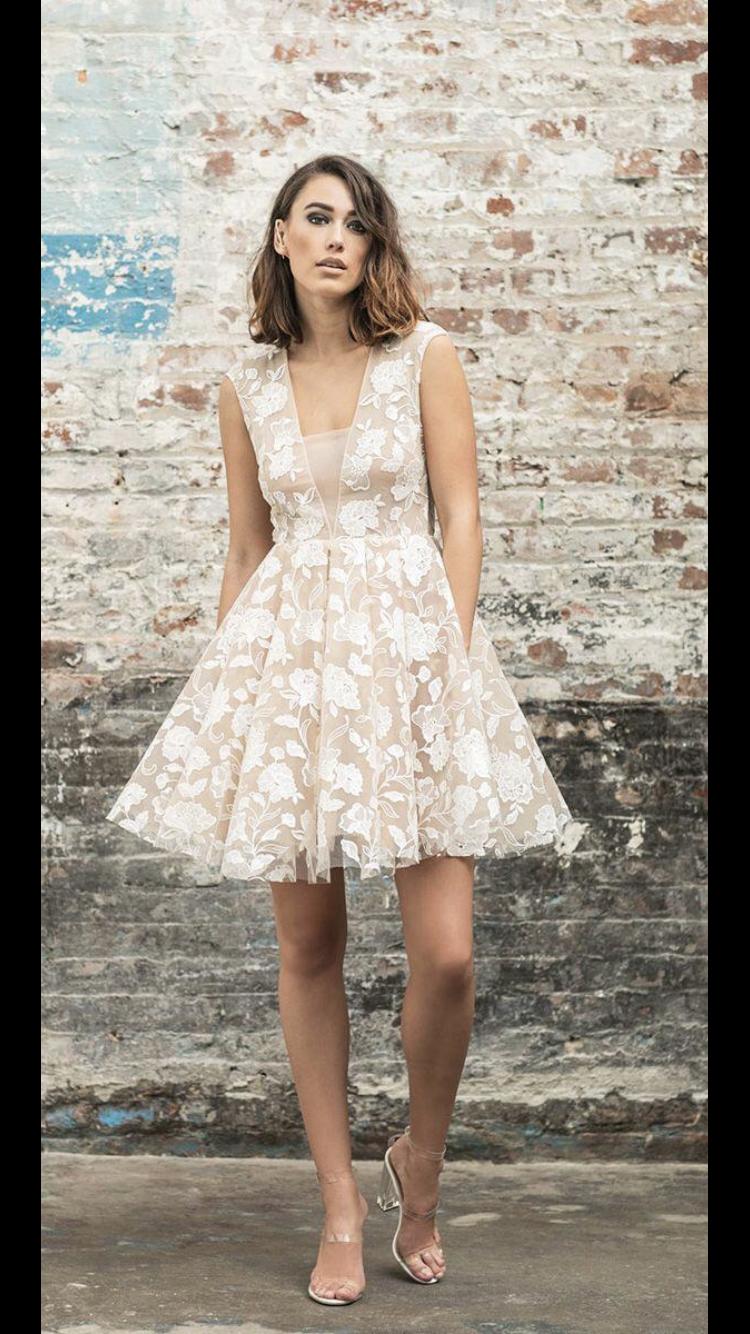 Vestido de novia no muy clásica  #zivilhochzeitskleider Robe mariée pas trop classique #zivilhochzeitskleider
