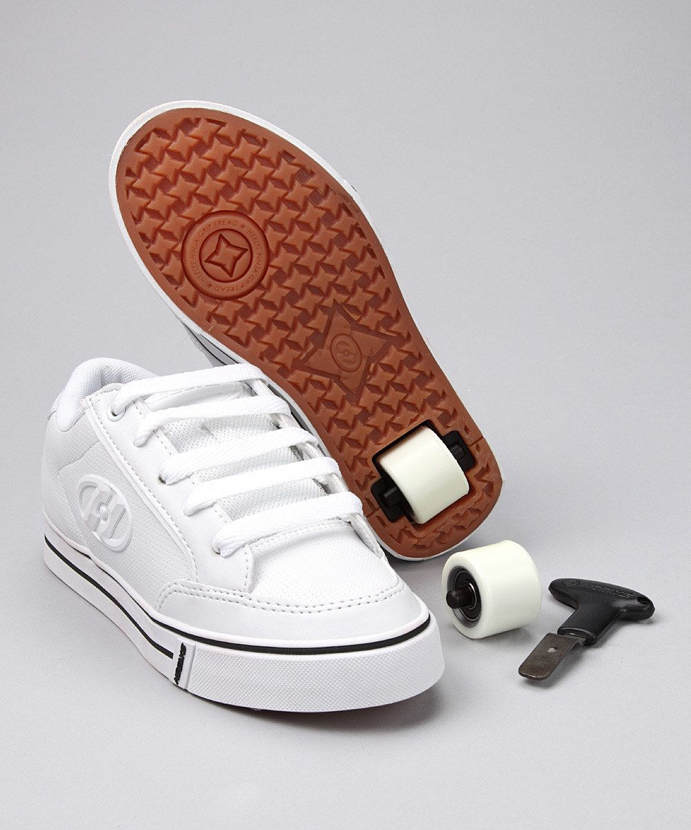 1307207c42e4 HEELYS!! I want these so bad guyss! Get me the ones that look like ...