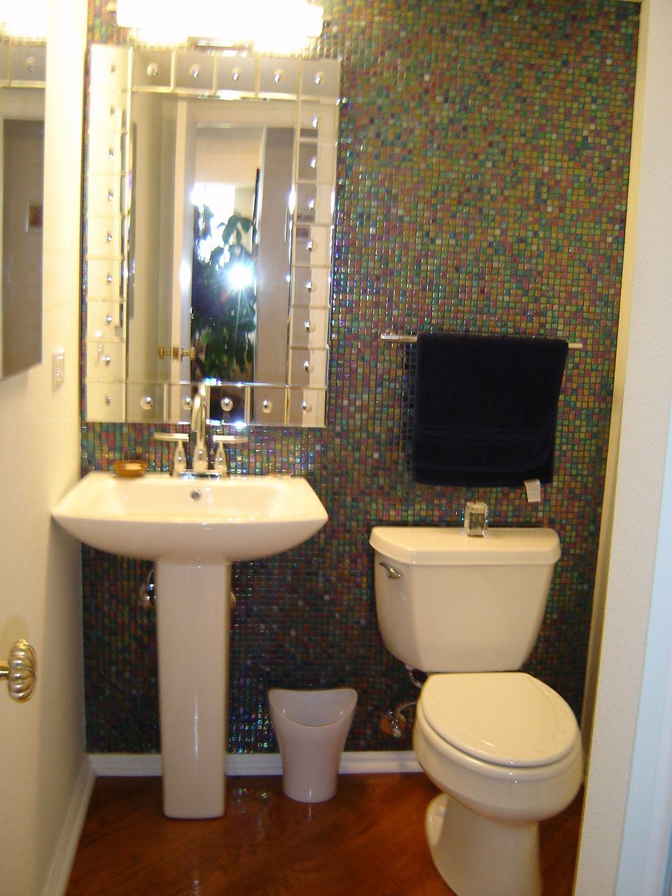 Luxury Great Powder Room Design Ideas With Modern Mirror On The Checkered Wall That Have A
