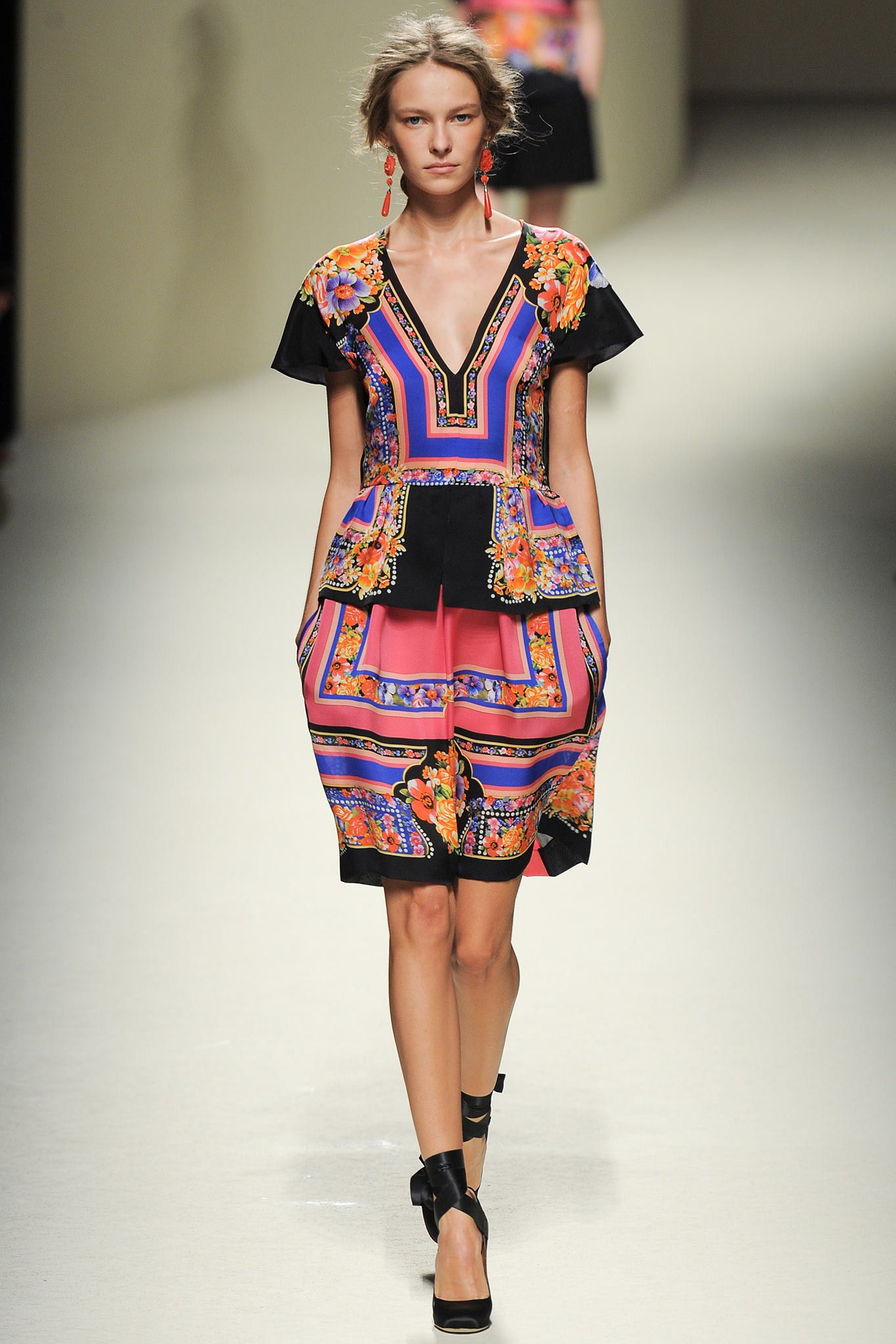 City print candle haute couture alberta ferretti and runway fashion