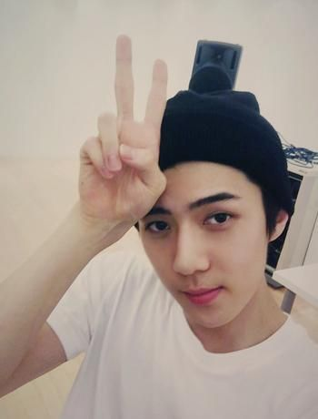 [OFFICIAL] 150901 Behind Story of EXO RELAY CHATTING - SEHUN