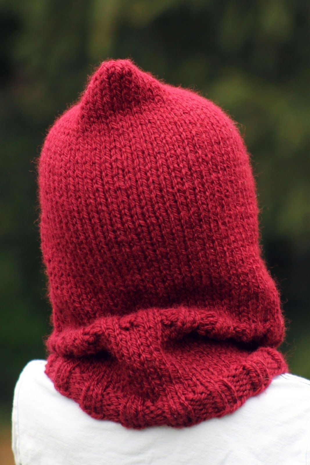 Little Red Hooded Cowl (With images) | Hooded cowl, Hat ...