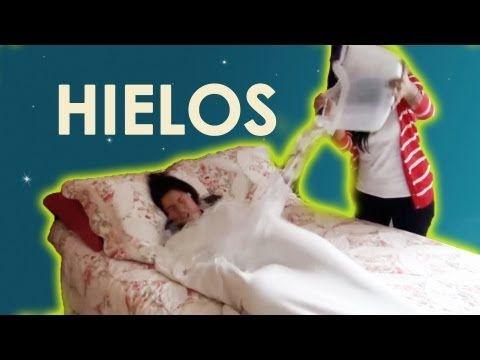 Despertando con hielos a Lesslie mientras duerme | Videos de risa 2013 | Bromas graciosas a mujeres - YouTube
