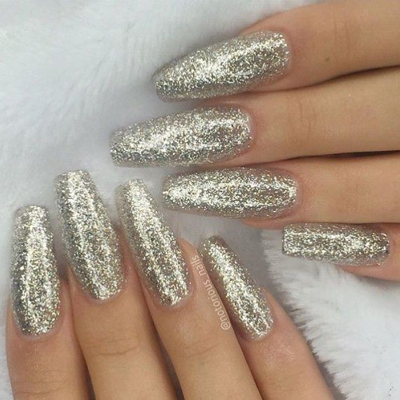 56 easy glitter nail design ideas for sporting the cool look solutioingenieria Choice Image