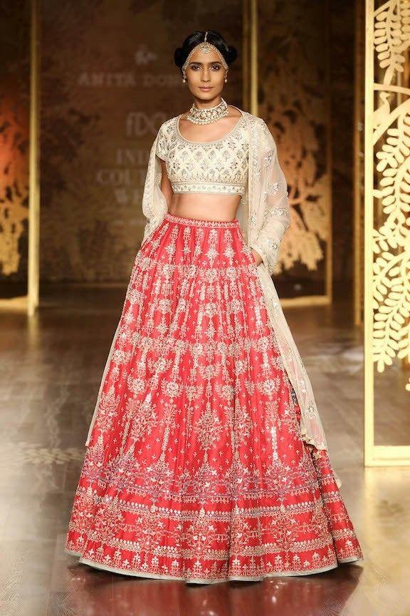 Pin de Bhavin Narshana en Ladies - Indian Fashion | Pinterest