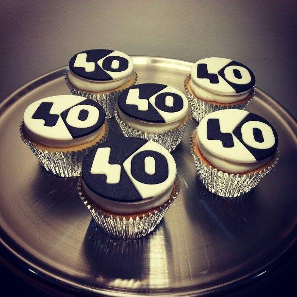 Black & White cupcakes / cupcakes decorados / Black & White party