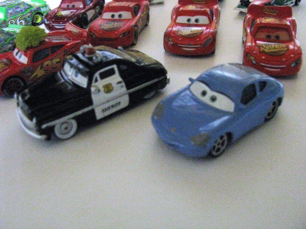 Cars Sheriff Die Cast 1 55 Radiator Springs Disney Pixar Cars 2 11