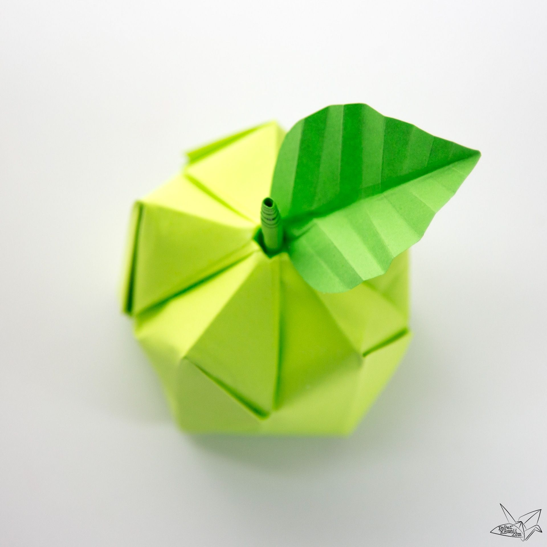 The equivalent mechanism of an origami waterbomb base | Download ... | 1920x1920