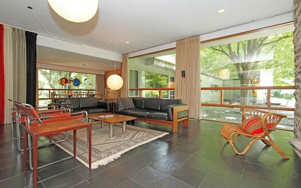This Mid Century New York home located in Pound Ridge is a ...