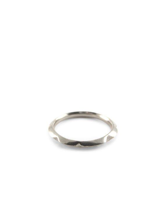 44b1993d0 Knife edge platinum wedding ring   minimalist ring   modern wedding ring   wedding  ring woman   simp