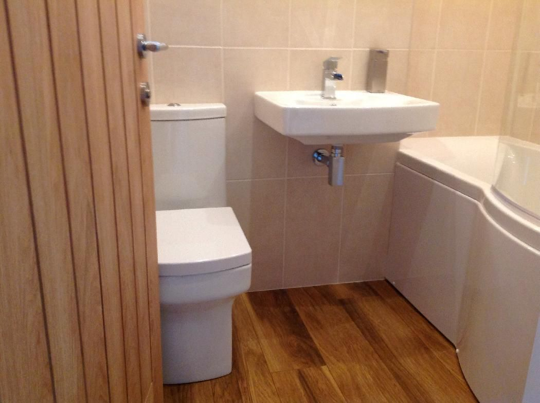 Vpshareyourstyle samantha from selston uses wooden - White laminate flooring for bathroom ...