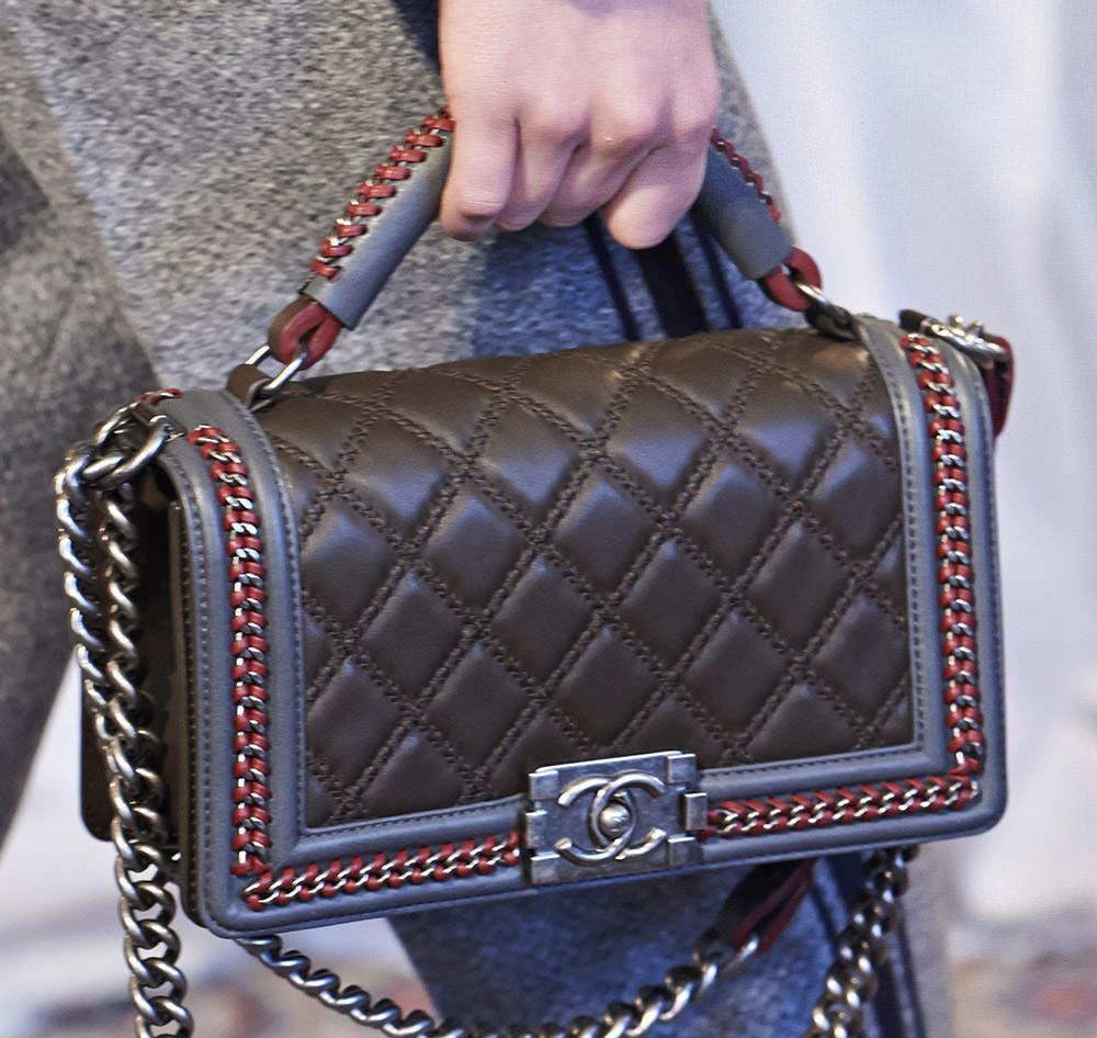 4f2d1eef8d04 Chanel LE BOY   Chanel Metiers d'Art Paris-Salzburg 2015 Bags 29 ...