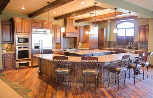 I Like The Idea Of A Corner Island With Bar Seating To Break Apart An Open Floor Plan A Little Better Kitchen Layout Kitchen Layout Plans Kitchen Design