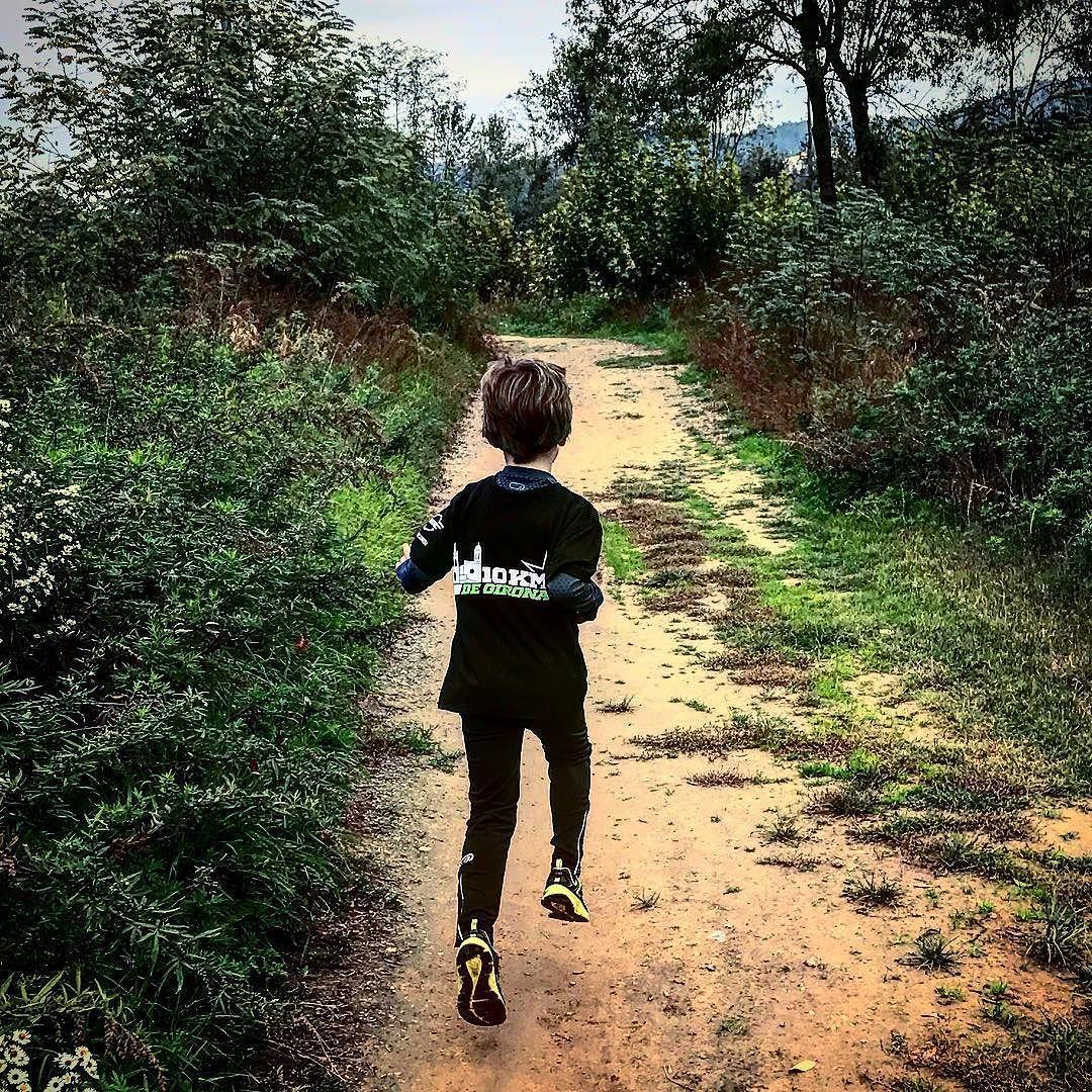 Domingo de sesión de running de preparación de la Sant Silvestre 2016. Salida con Erik pocas cosas puedes hacerme sentir más orgulloso!!!