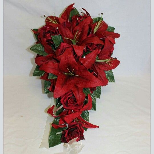 Red Casablanca Lily And Red Rose Bouquet Redweddingbouquet Redweddingflowers Wedding Flowers W Red Bouquet Wedding Dream Wedding Bouquet Red Rose Bouquet