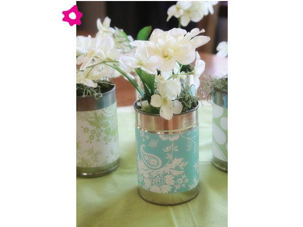 Centros de mesa para boda en latas con papel estampado
