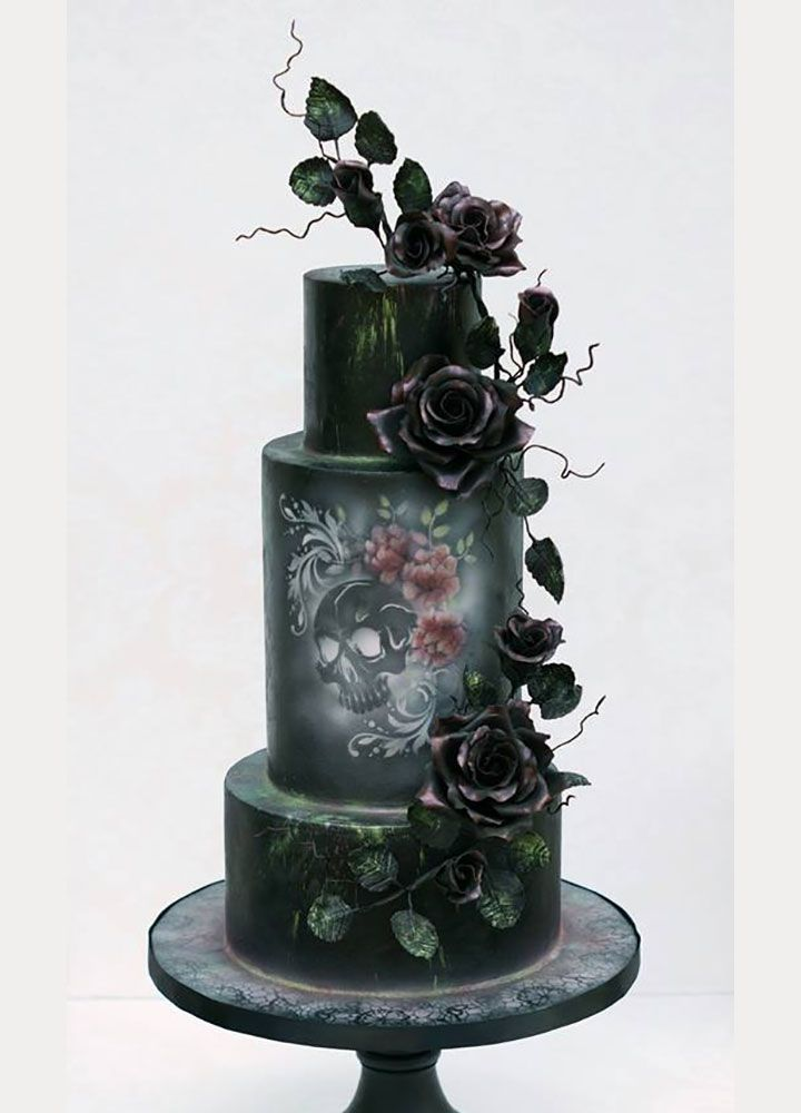 13 of the Coolest Wedding Cakes for a Halloween Themed Wedding ...