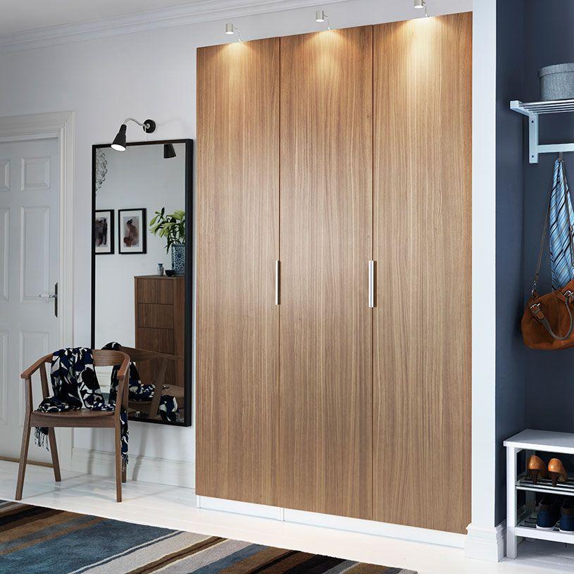 pax feh r gardr b stockholm di furn r ajt kkal s urshult nikkelezett szekr nyvil g t ssal. Black Bedroom Furniture Sets. Home Design Ideas