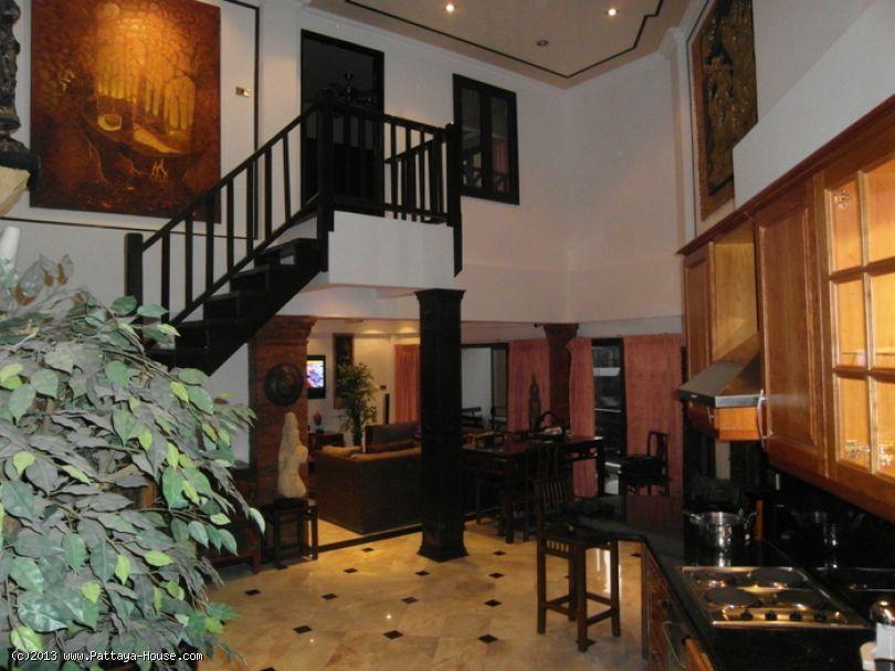 Pattaya Condo Chateau Dale for Sale Pattaya Thailand