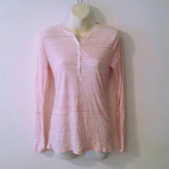 GAP BODY LONG SLEEVE TEE 100% cotton. Snap closures .  EXCELLENT like new condition GAP Tops Tees - Long Sleeve