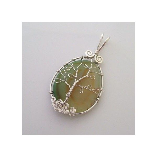 DIY Wire Wrapped Jewelry found on  -  looks like a lone tree!