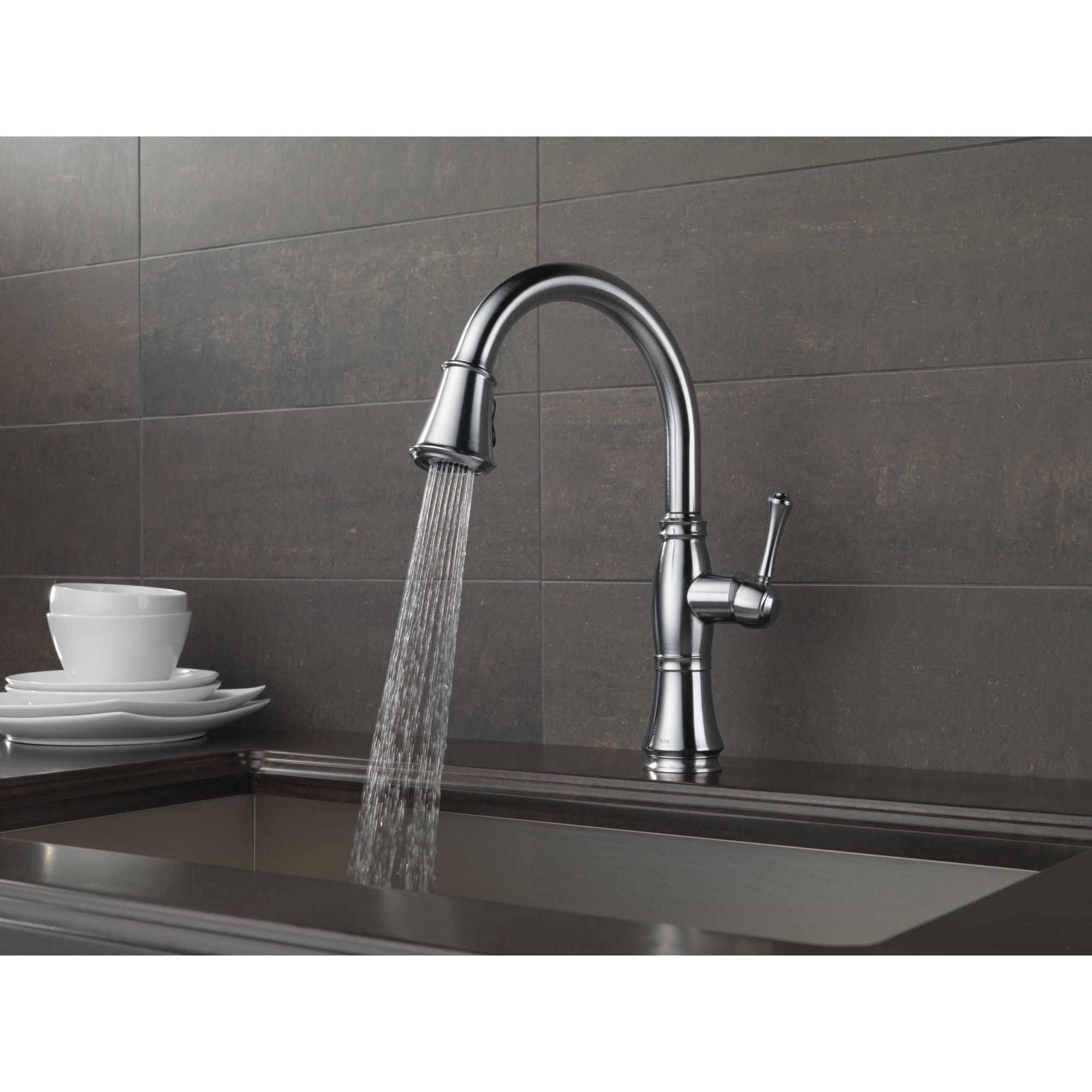 docking pull out spray faucet for the kitchen