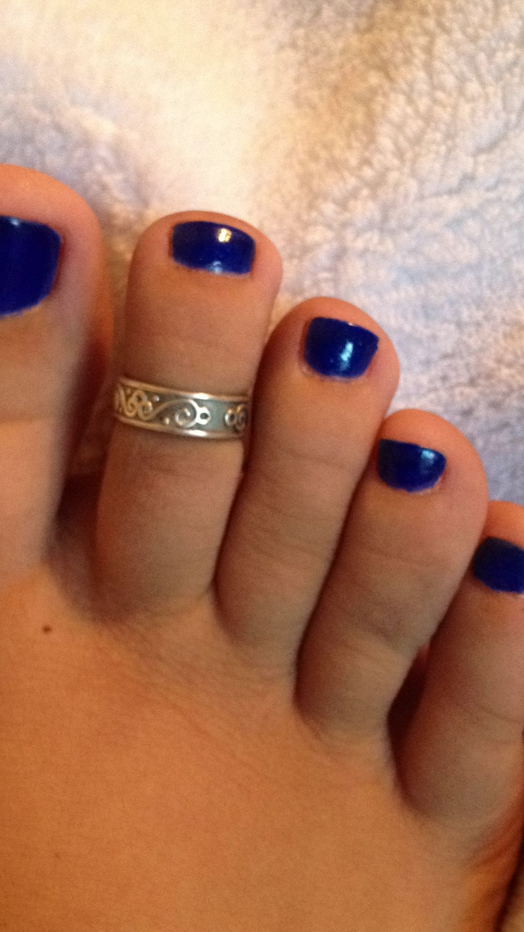 toes blue toenails toering cute feet | my girly stuff | Pinterest ...
