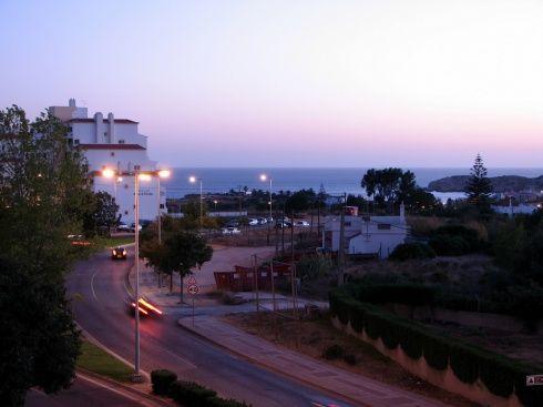 Faro (Credit: Flickr - Glen Bowman)