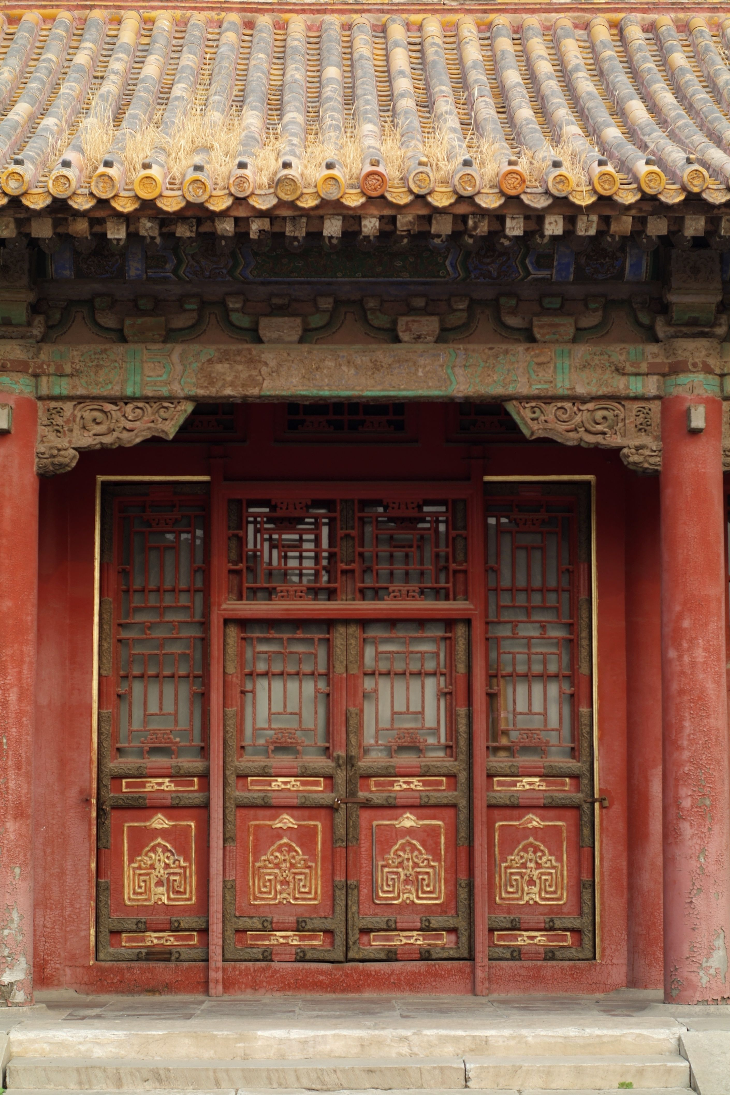 Chinese house fileentrance of a chinese house in