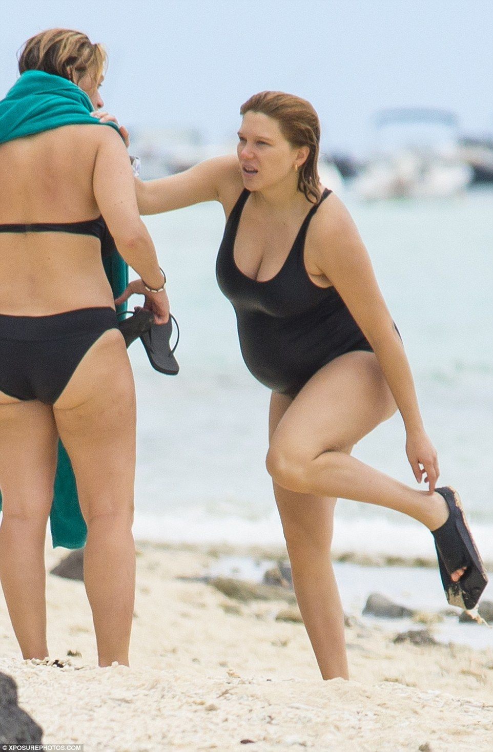 Pregnant Lea Seydoux Shows Off Her Blossoming Baby Bump In