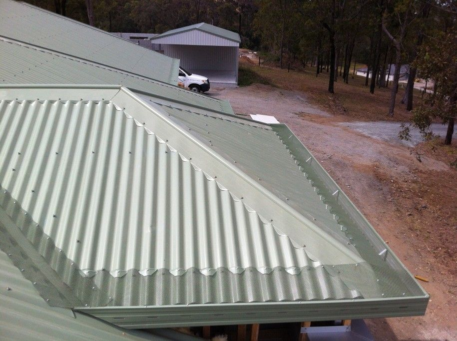 The Advantages Of The Corrugated Metal Roofing Corrugated Metal Roofing Design Home Ideas With Images Corrugated Metal Roof Standing Seam Metal Roof Corrugated Roofing
