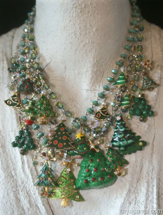 have old christmas pins - Lighted Christmas Necklace