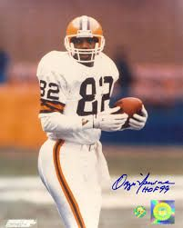 Cleveland Browns - Ozzie Newsome - Inducted to Pro Football Hall of Fame in 1999 - Played for Browns 1978 to 1990