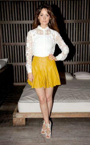 Rose Byrne in leather skirt. trending mustard yellow in leather, feminine form? yes. !