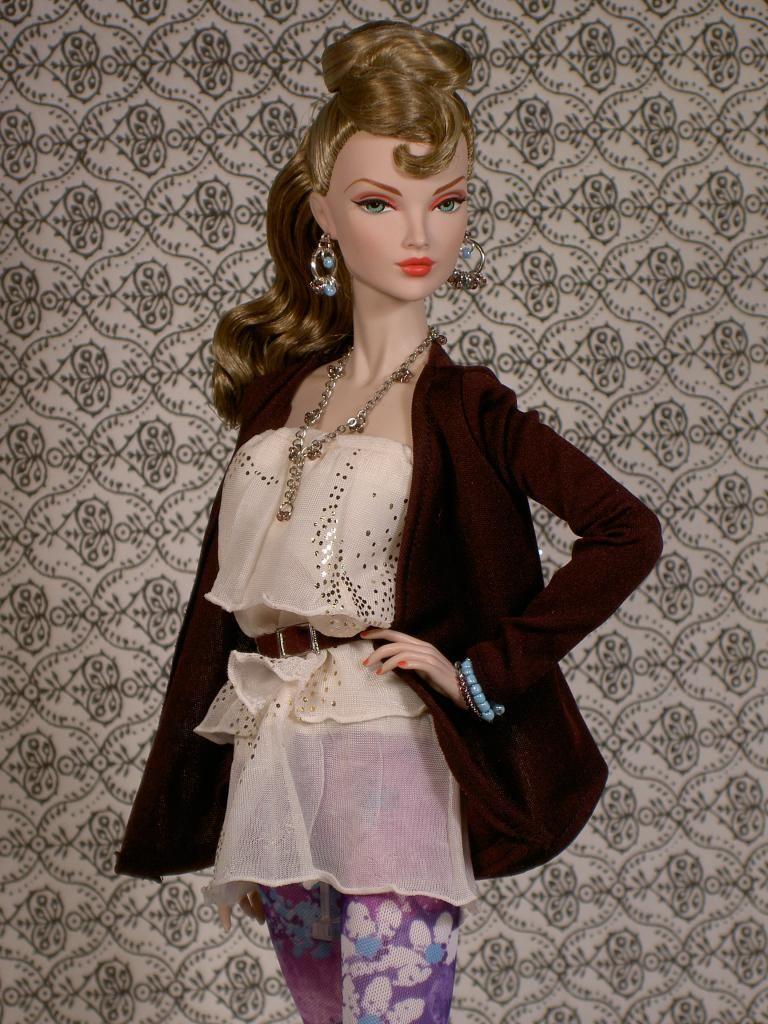 Fashion Royalty by tessdesigner