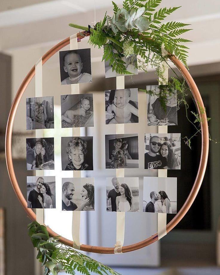 Fototafel, die die Geschichte des Paares kurz erzählt. Ich finde diese Ideen großartig !! Und dann in den geschmückten Ring …. ? Rabatte wünschen