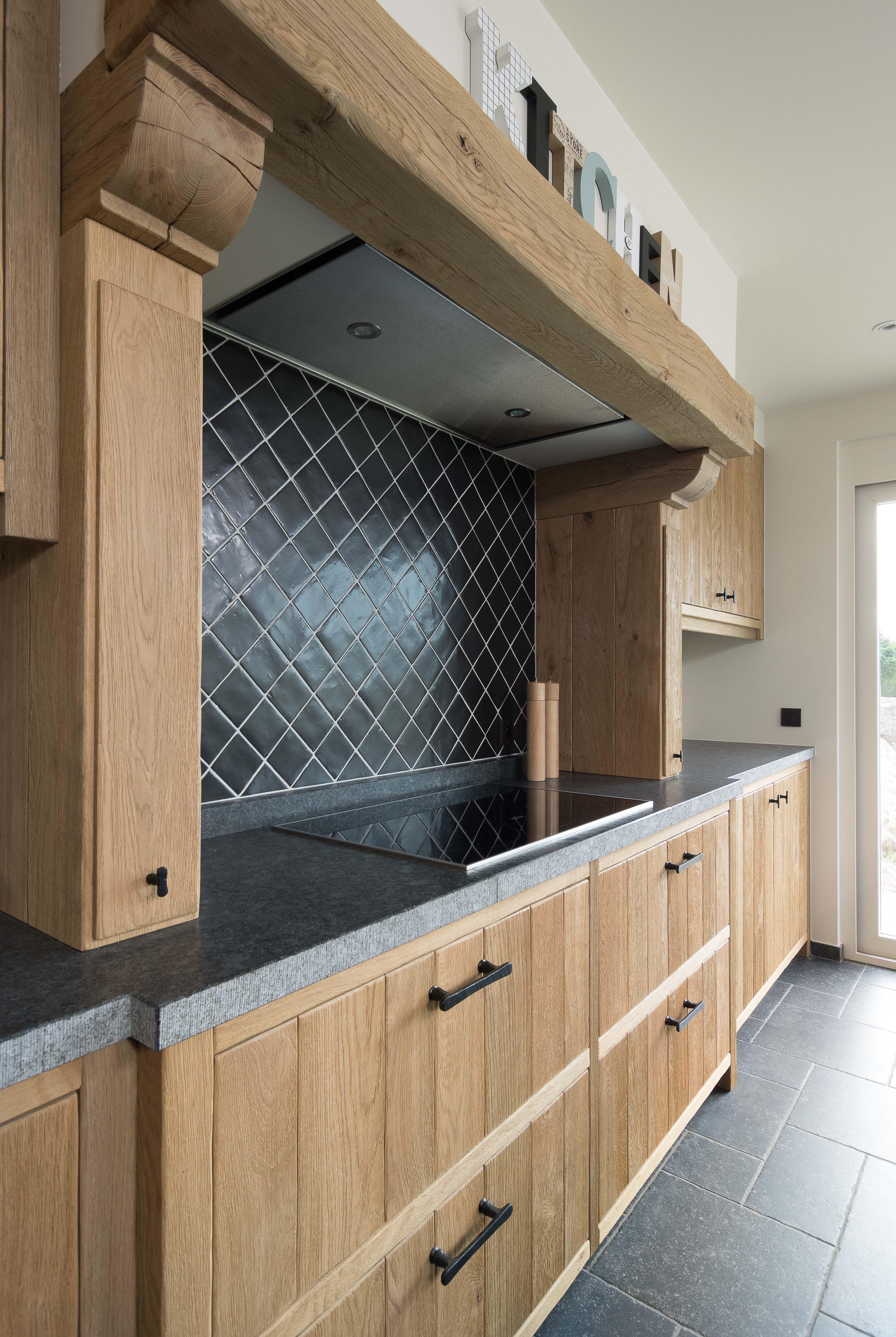 Ongebruikt Eiken keukens - massieve houten keukens (met afbeeldingen) | Eiken AC-13