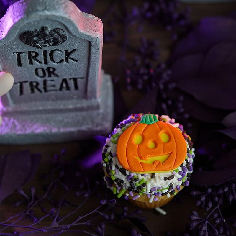 Noe Valley Halloween 2020 Halloween Desserts   Noe Valley Bakery in 2020 | Desserts, Vanilla