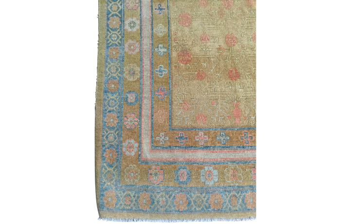 8x10 Traditional Handwoven Turkish Rug Front