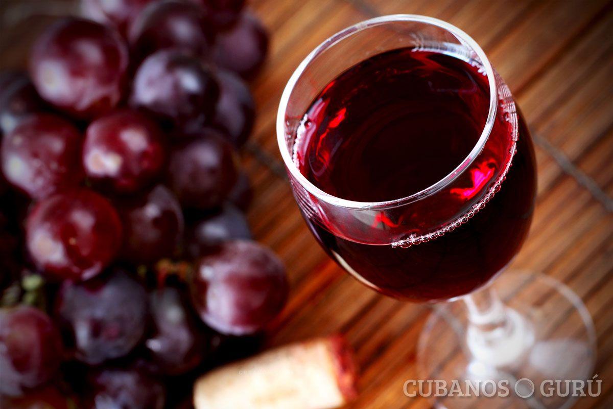10 Beneficios Para La Salud Del Vino Tinto Saludybienestar Beneficios Comidascubanas Salu Beneficios Del Vino Tipos De Vino Tinto Beneficios Del Vino Tinto