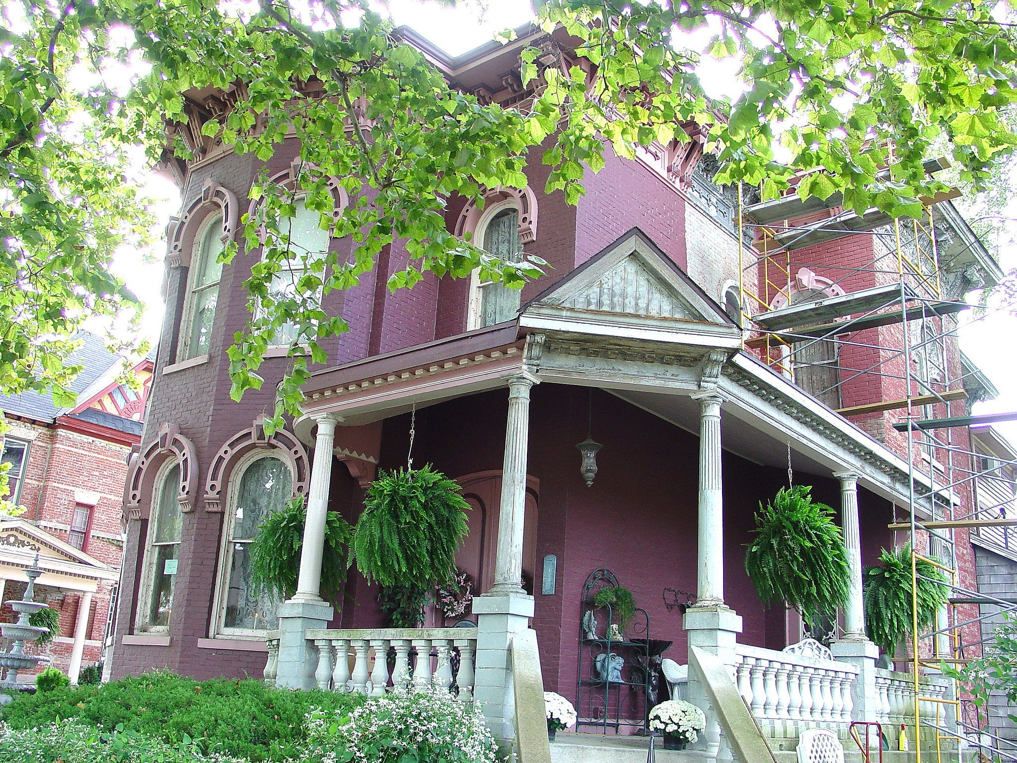 Italianate Mansion Under Restoration Eel Street District Logansport In Mansions House Exterior House Styles