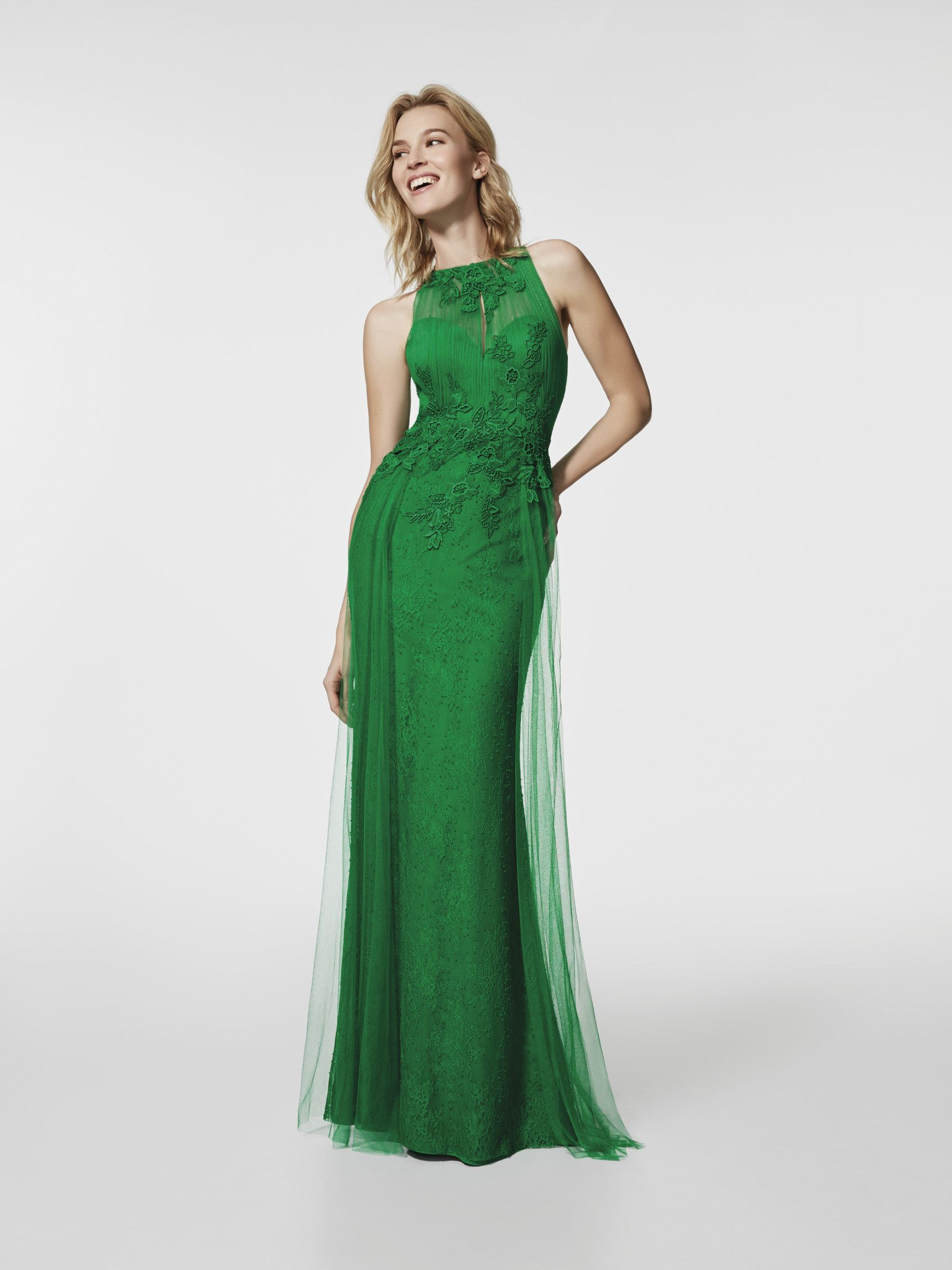 Vestidos invitada de boda 2018 largos color verde Pronovias ... 58680869432b