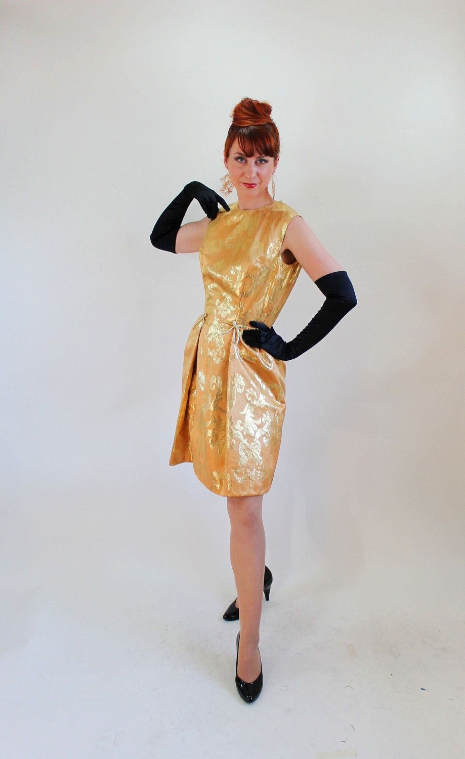 Vintage 1960s Gold Hollywood Glam Wiggle Party Dress. Mad Men. Sexy ...