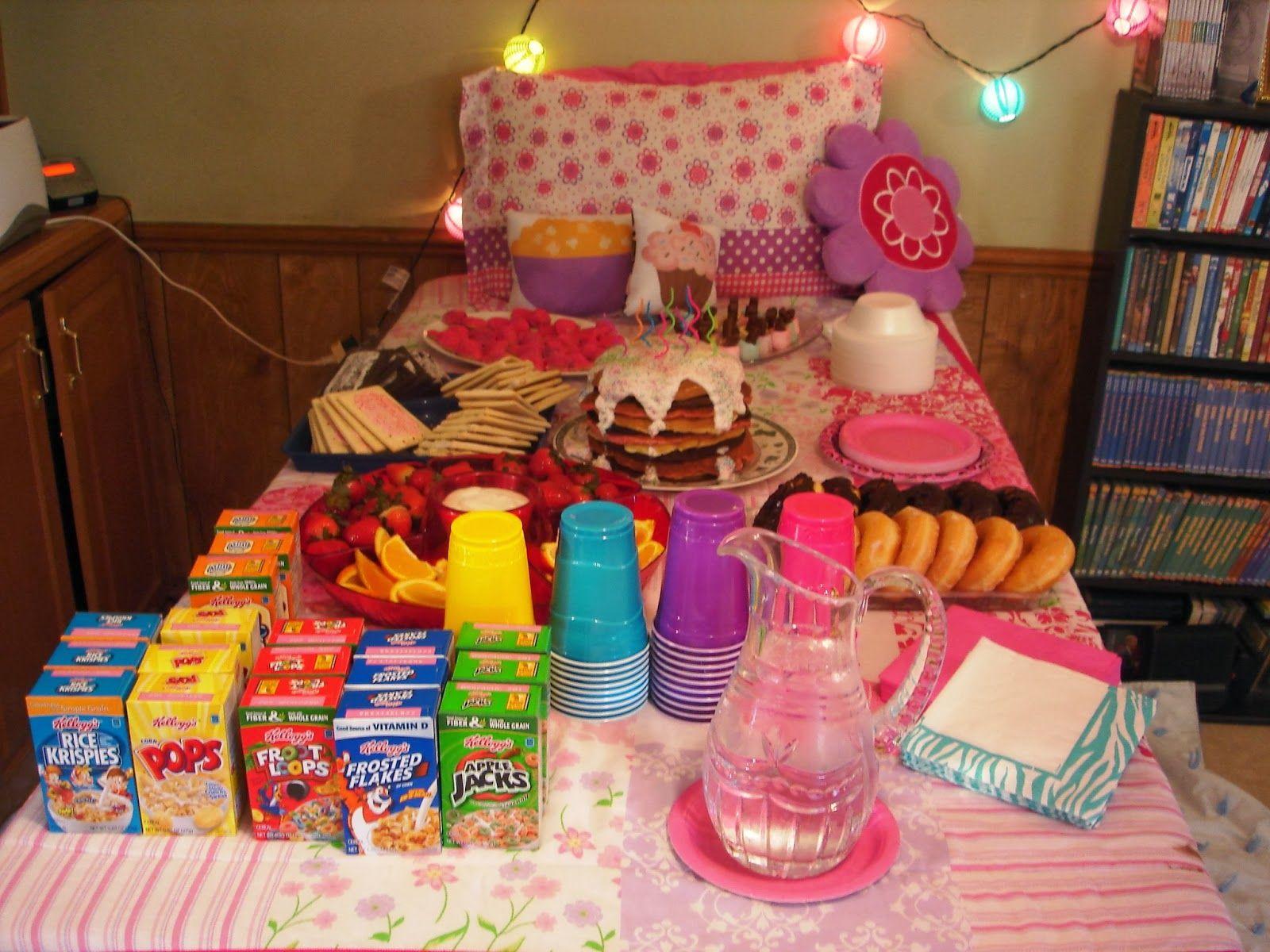 Amateur girls slumber party